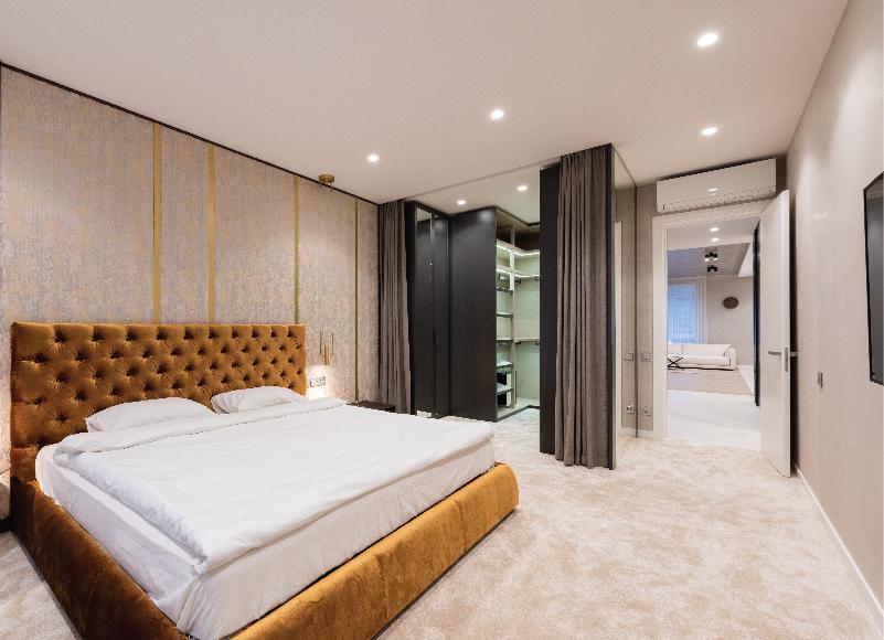 Bedroom Spotlight - Recessed Ligthing