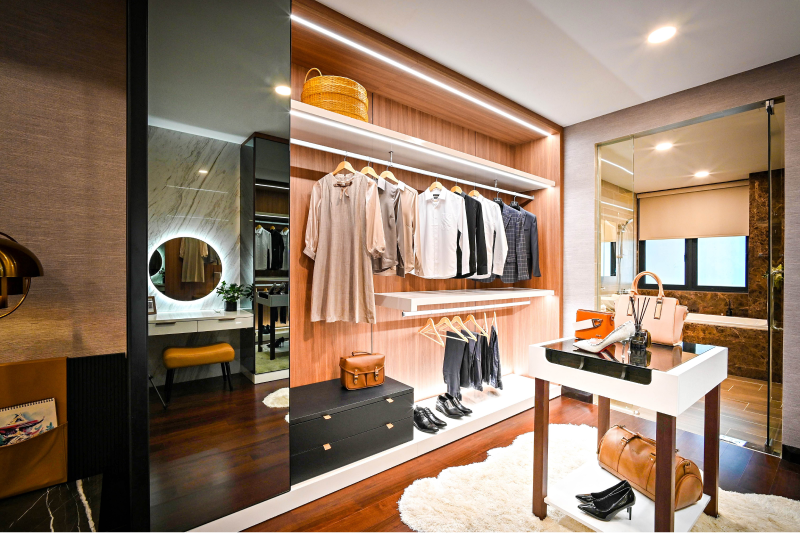 Closet with LED Mirror and Downlights
