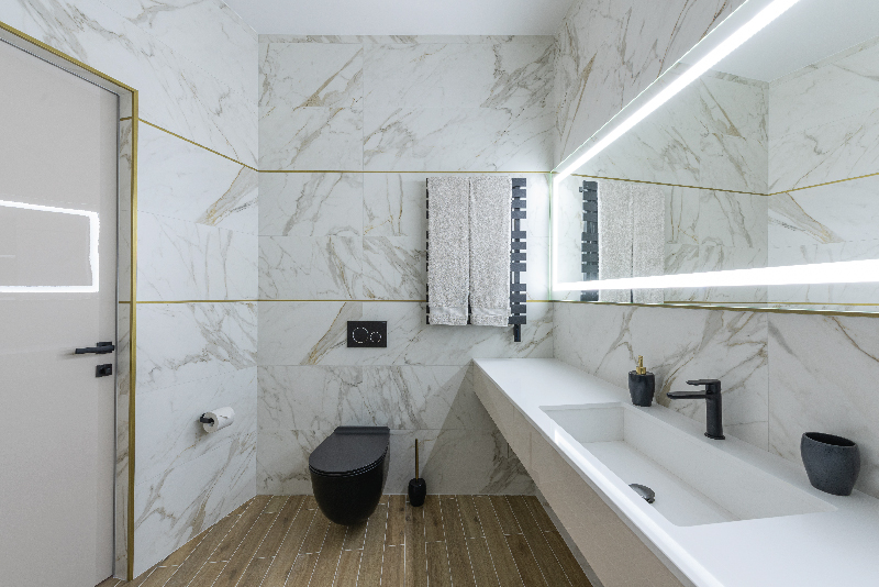 Marbled Bathroom with LED Mirror